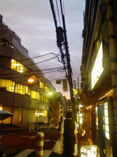 小雨の夕方